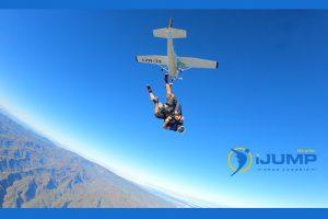 Wieviel kostet es Fallschirm zu springen?