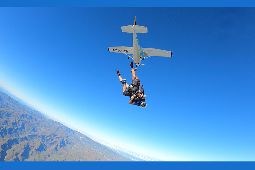clothes-to-do-skydiving