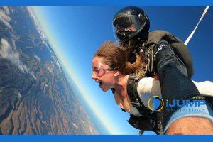 ¿Qué es un salto tándem / paracaidismo tándem?